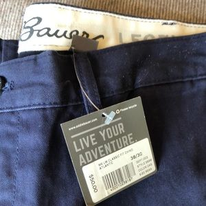 New with tags Eddie Bauer flat front chinos